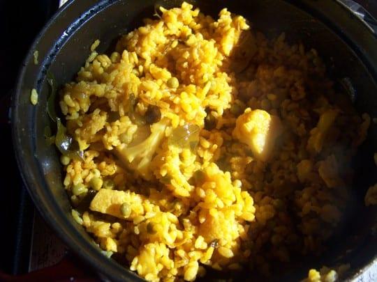 riz jaune aux chou-fleur et petits pois