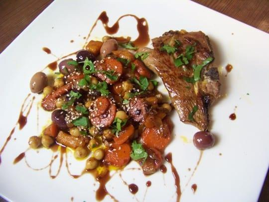 côte d'agneau et légumes snackés