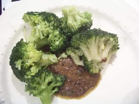 sauce tapenade avec brocolis