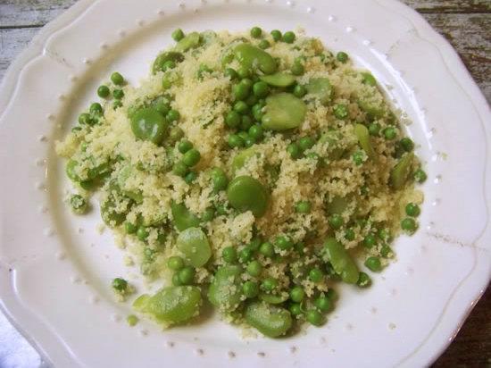couscous mesfouf aux petits pois et aux fèves