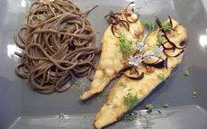 recette de Filets de poisson dorés à l'ail, piment ,coriandre et citron vert