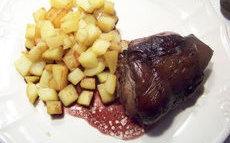 recette de Jarrets de porc braisés au vin rouge