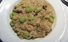 recette de risotto aux fèves fraîches et aux tomates séchées