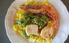 recette de Riz sauté au poulet et crevettes