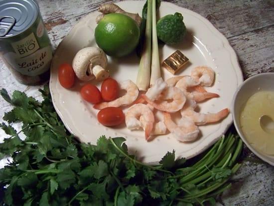 les ingrédients de la soupe thaï